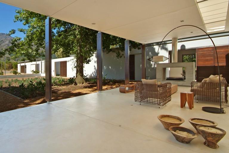 Seoska renovirana moderna prizemna kuća