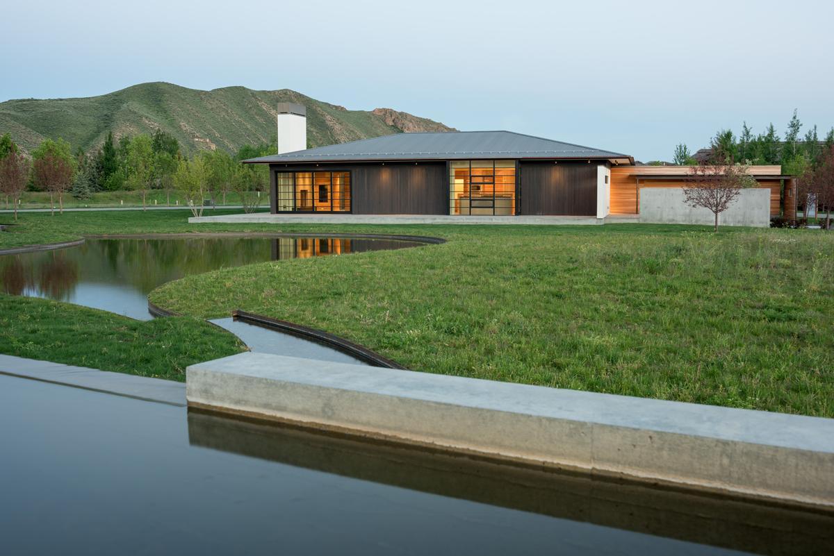 kuća pored potoka 3