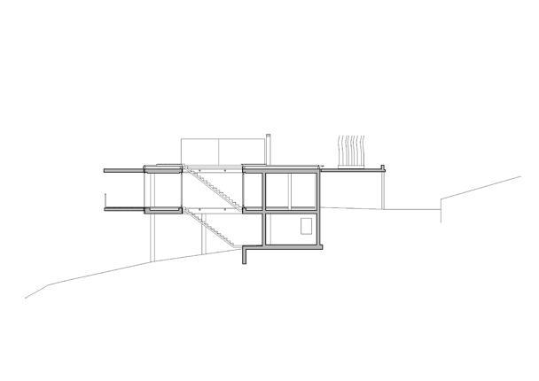 Kuća na padini 8