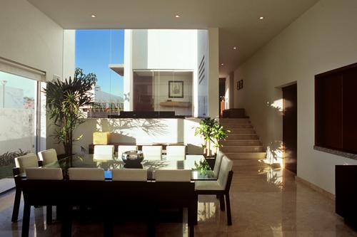 Inovativna, moderna, prostrana kuća