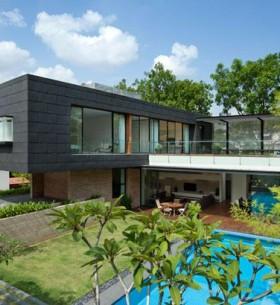 Moderna kuća sa dvoristem 1